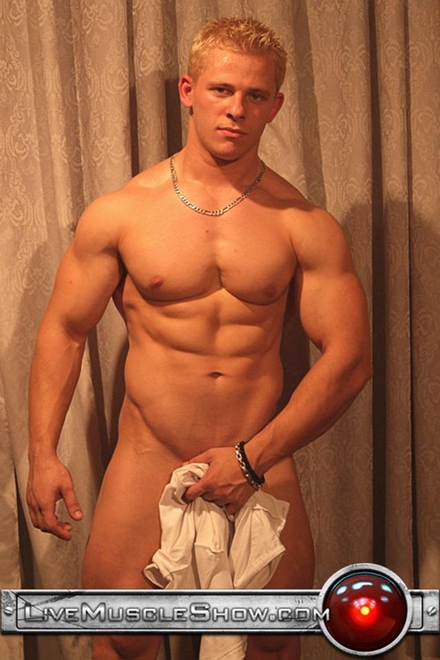 Nackt fotos gay Wild Teen