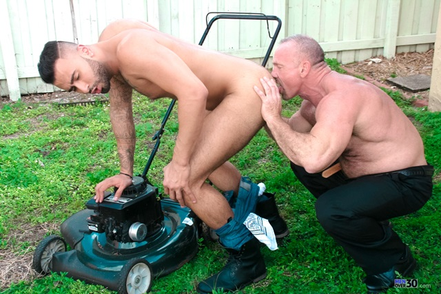 Men-Over-30-hairy-chested-bear-Mickey-Collins-sexy-young-fuck-Rikk-York-tight-ass-cock-sucked-006-male-tube-red-tube-gallery-photo